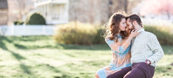 Alyssa and Eric - A Sky Meadows Engagement Session - Charlottesville Wedding Photographer