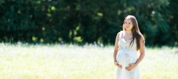Caroline - A Mini Culpeper Maternity Session